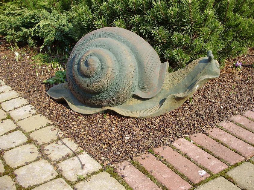 Садовая скульптура своими руками
